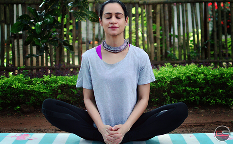 5 Asanas to Kickstart your Day - by Neha Gulati