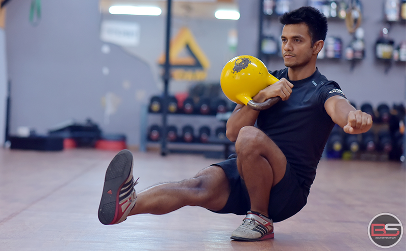 Gain Muscles With These 3 Kettlebell Workouts